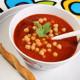 Soupe de tomates au poulet et aux pois chiches